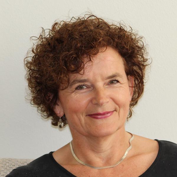 Mw. Anja van Leeuwen